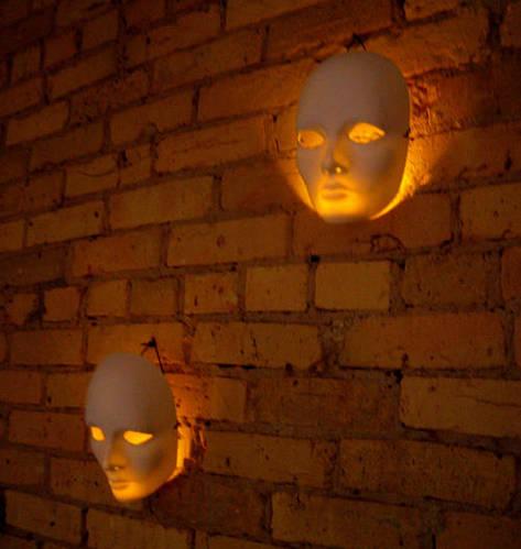 Spooktacular-Halloween-Wall-Lights