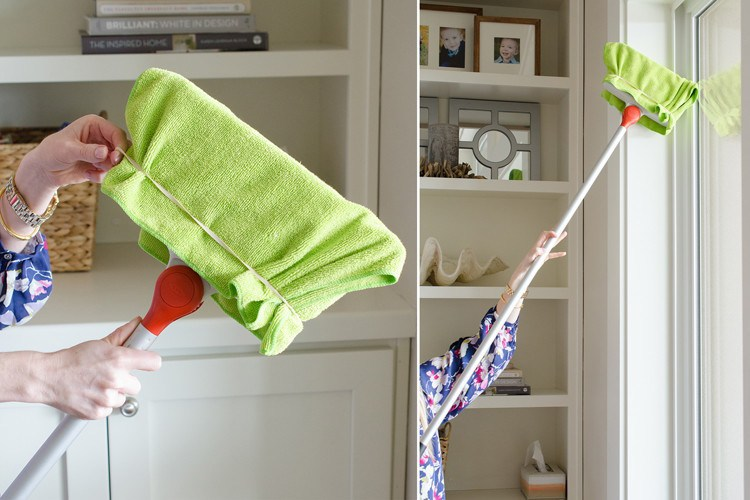 microfiber cloth broom to clean hard to reach places