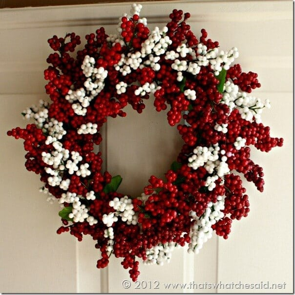 dollar store christmas decorations- berry wreath